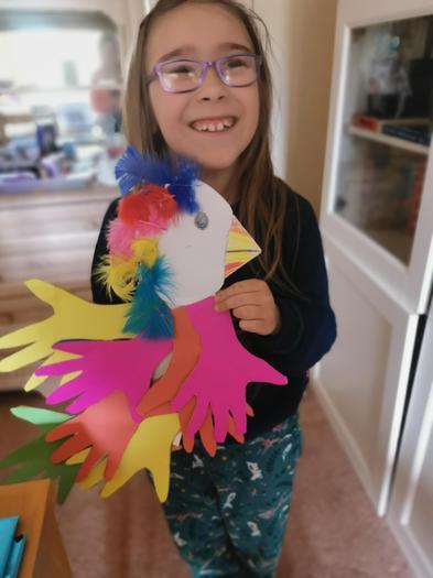 Imogen (3EU) colourful parrot
