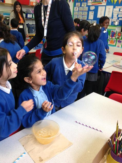 Investigating bubbles on Science day!