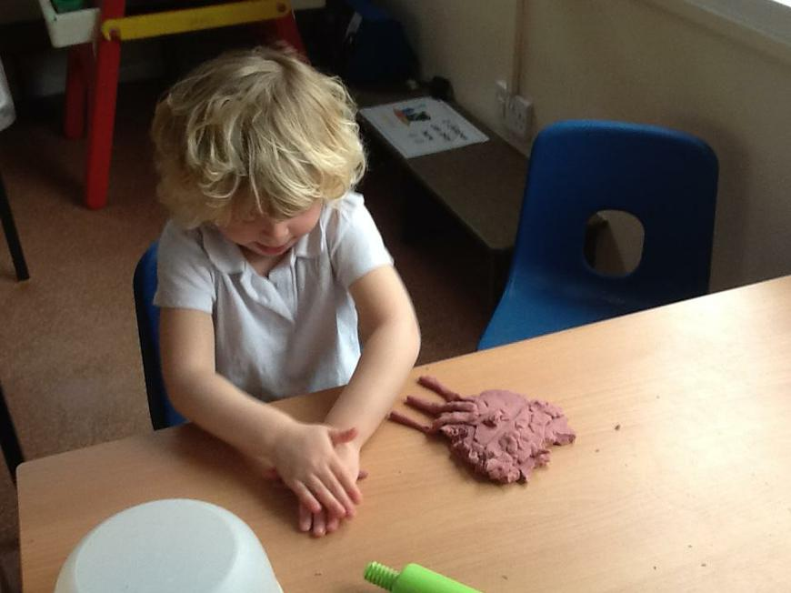 making 'My Little Pony' with playdough