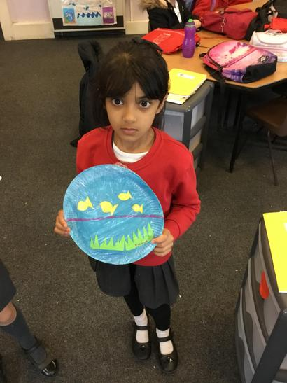 Emaan had created another scene on a paper plate