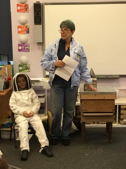 Lola's grandma is a beekeeper