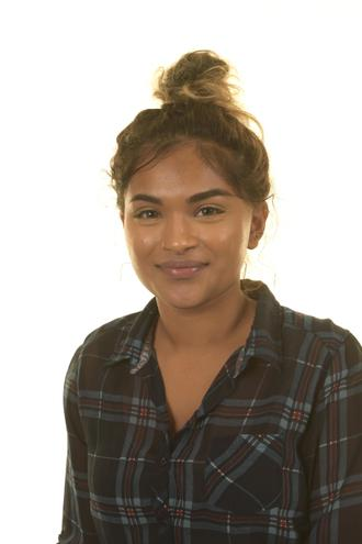 Miss Ravi-Varma 4R