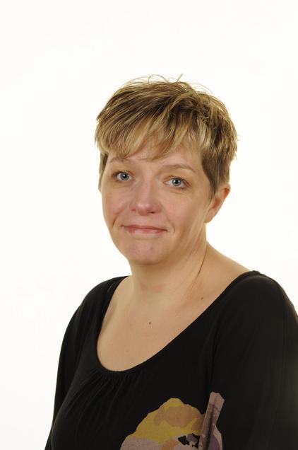 Mrs Middleton - Assistant Headteacher - Key Stage 2