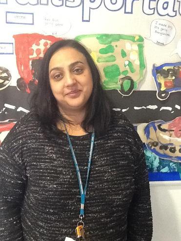 Mrs Rayet  White Nursery Year Group Leader