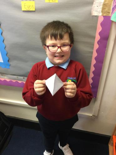 Harry - Forming 3D Shapes
