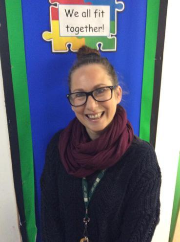 Miss M Hunt                 EYFS Practitioner