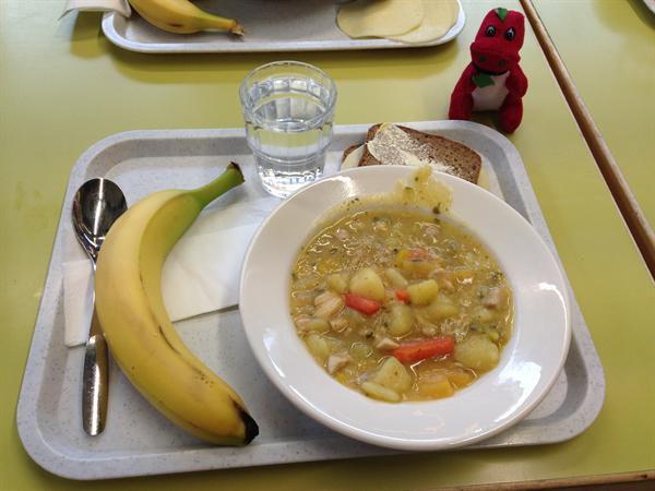 Finnish school dinner, Chicken stew.
