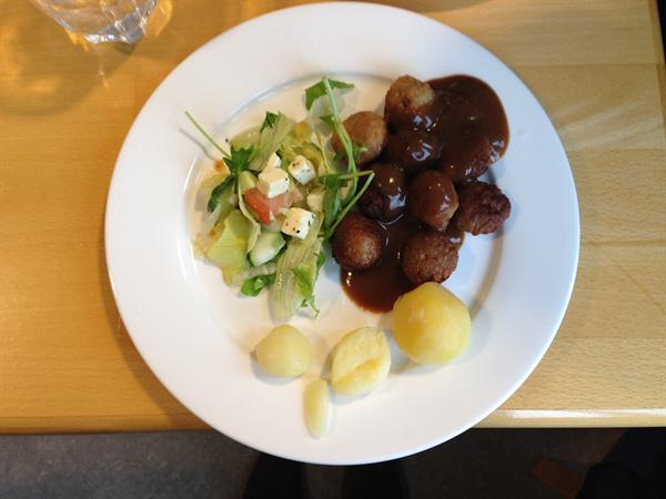 Icelandic school dinner