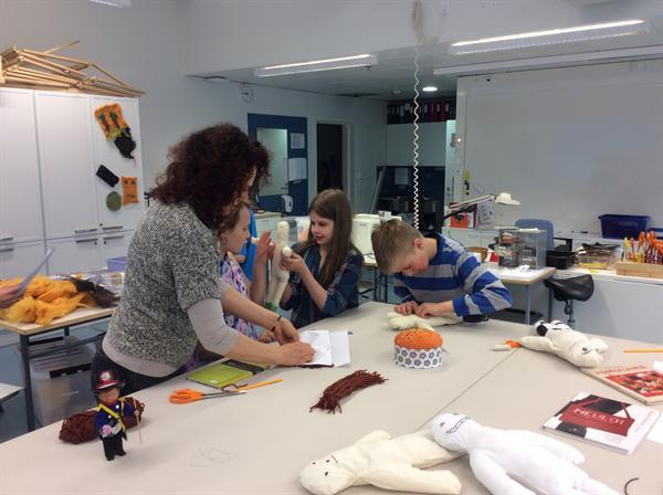 Textiles class for boys and girls