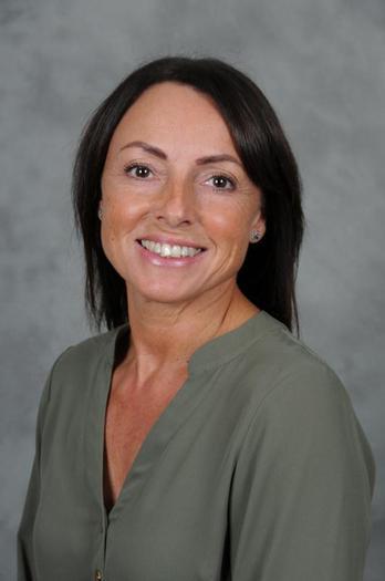Mrs Tina Richer - Teaching Assistant