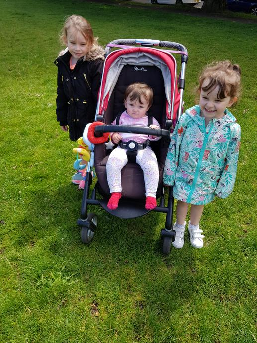 Soffia with her sisters
