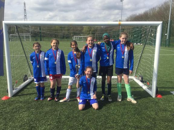 Glyncoed Girls Football Team 2017