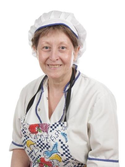 Mrs Lowe - Kitchen Assistant