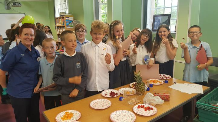 Y6 visited Ilkeston Library for 'Aspirations'.