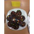 These chocolate cookies look very tasty!