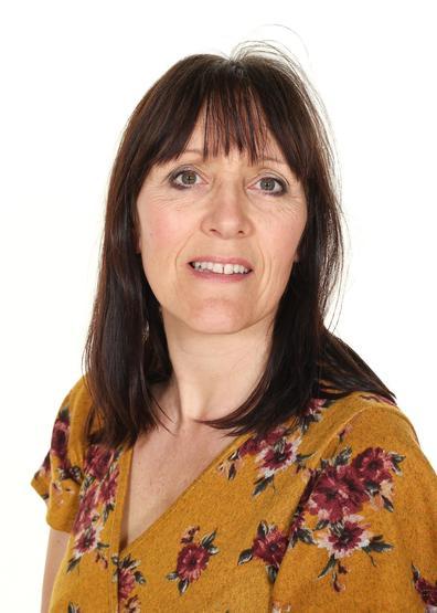 Mrs Theresa Wright