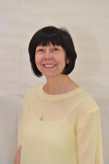 Mrs Julie Elston