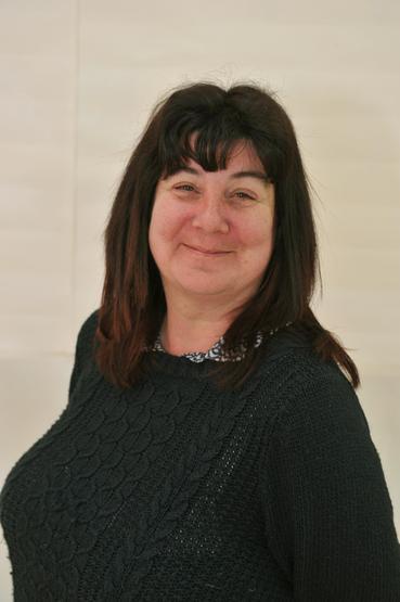 Mrs Caroline Lowe