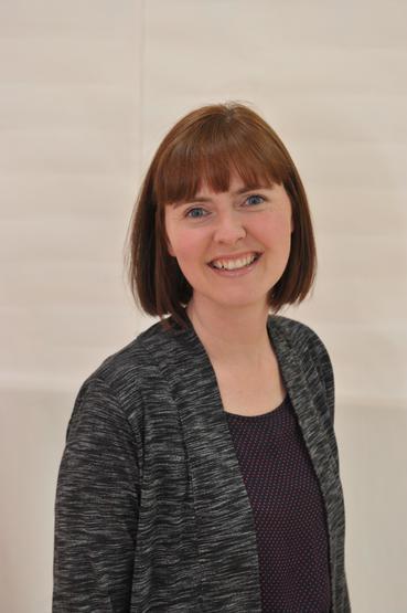 Mrs Lisa Clarke