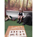"""""""I've ordered the numbers to 10 and counted out 10 conkers!"""""""