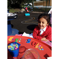Matching numbers and quantities in the outdoor area