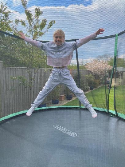 100 star jumps