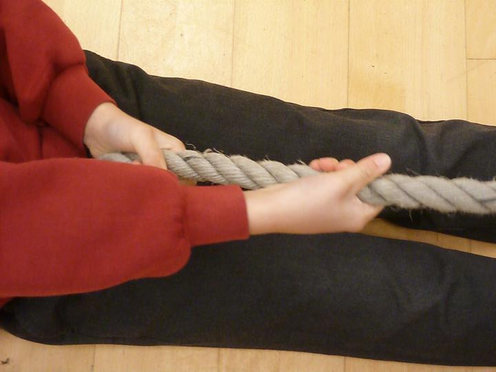 Organising - pulling yourself along a rope