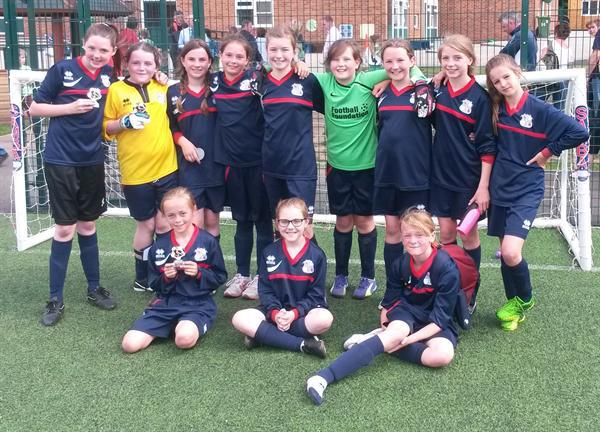 Girls Football Teams at the Lincewood Tournament
