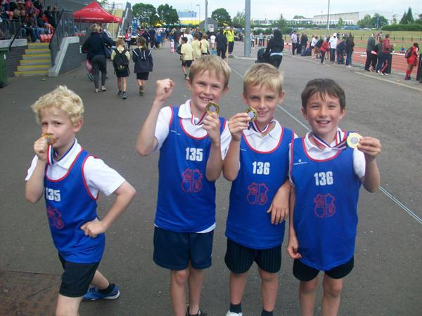 Y3 Boys Relay - Gold Medal, district champions!