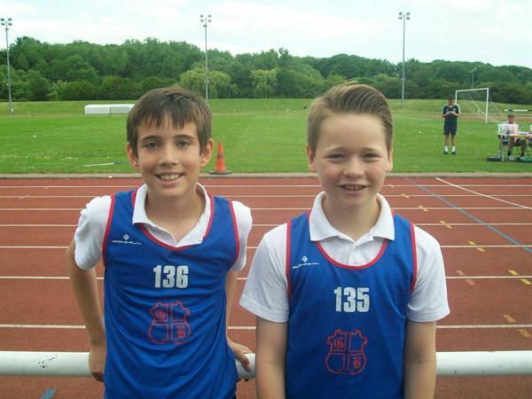 Lee (2nd) Henry(1st) - Y6 Boys 90m