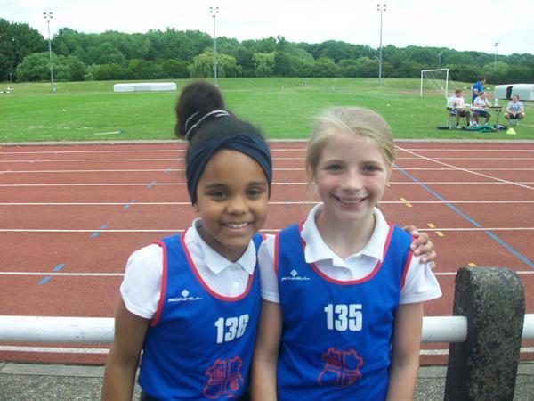 Sienna (1st) Ellie (4th) Year 4 Girls 75m