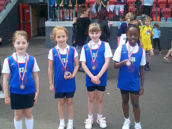 Y3 Girls Relay - Bronze Medal