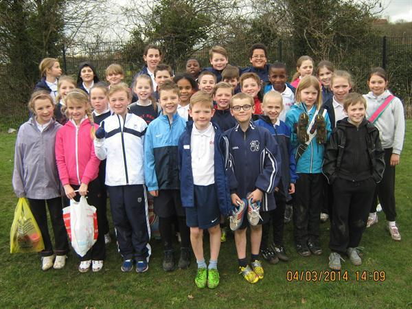 Runners win at district heats