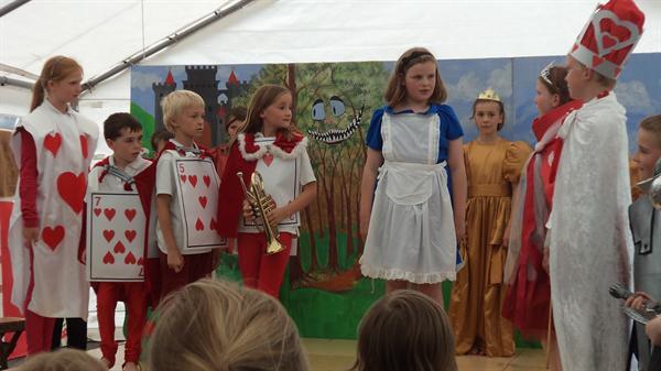 Performing Alice in Wonderland