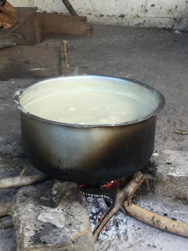 Bubbling uji ready to eat