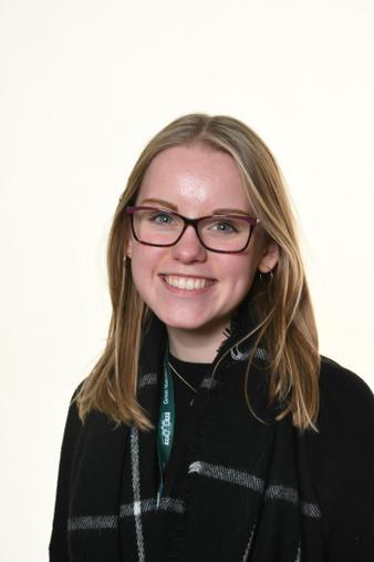 Miss Laura Passey- Year 4 Teacher