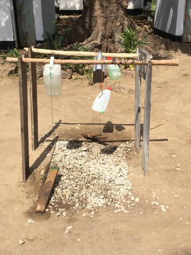 Hand washing contraption