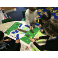 Year 1 creating messy maps of Sefton Park