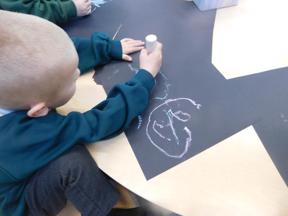 Freddie-Jo used chalk for his fireworks.