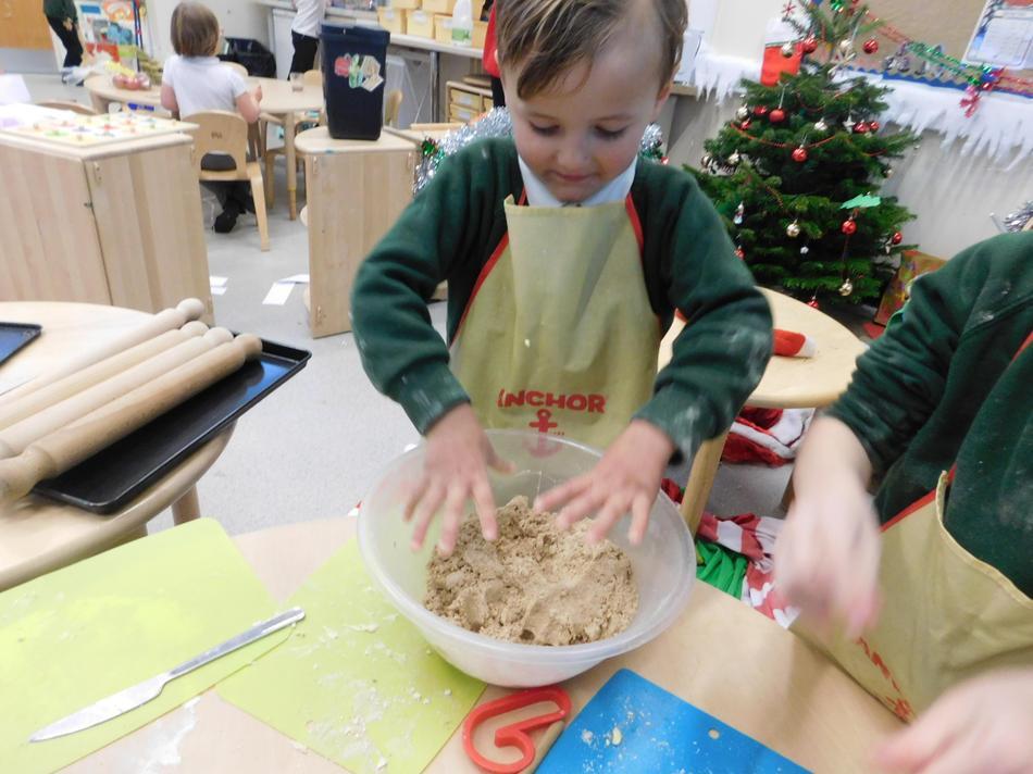 Alfie shows his skills in th kitchen.