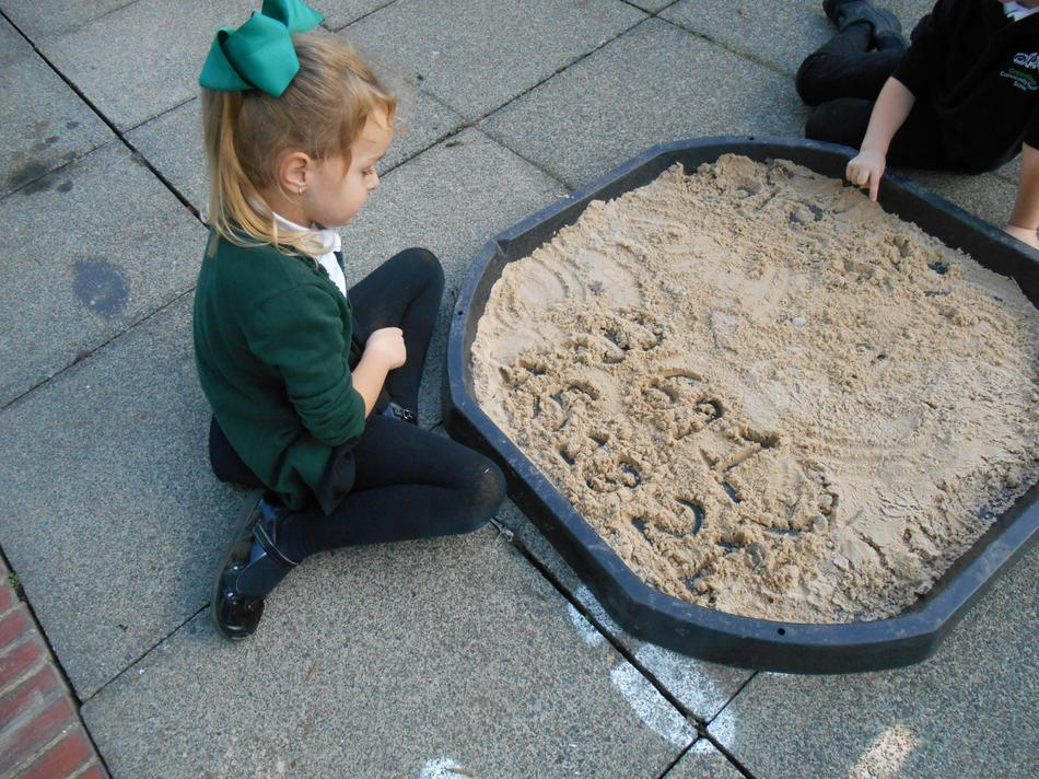 Counting in groups in sand