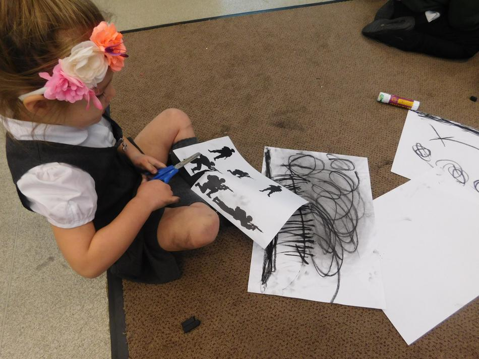 Julie-Rose drew a picture of the war.