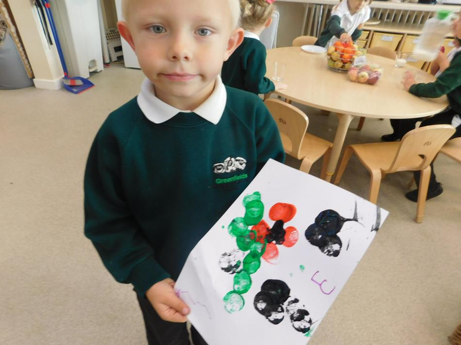 Luke painted a poppy picture.