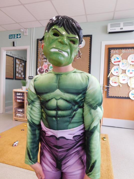Scary Hulk costume Maisam.