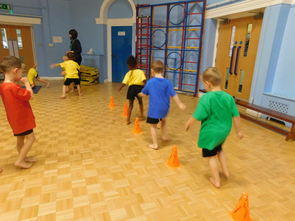 Our first official P.E lesson, obstacle course.