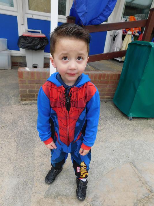 Super Spiderman Albey.