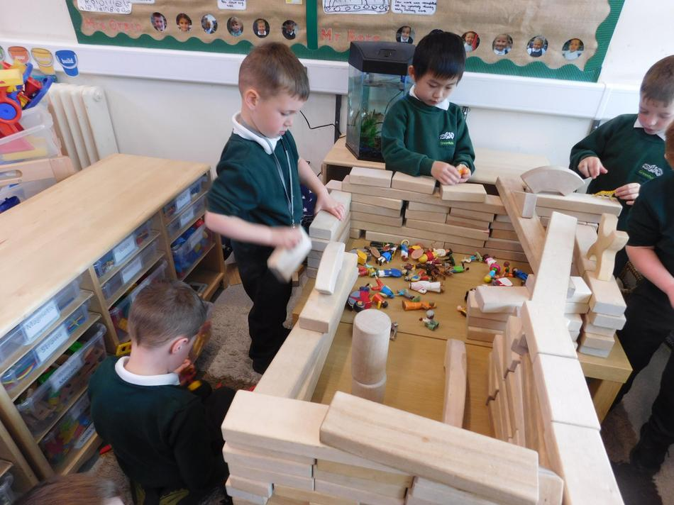 We created a party from wooden blocks.