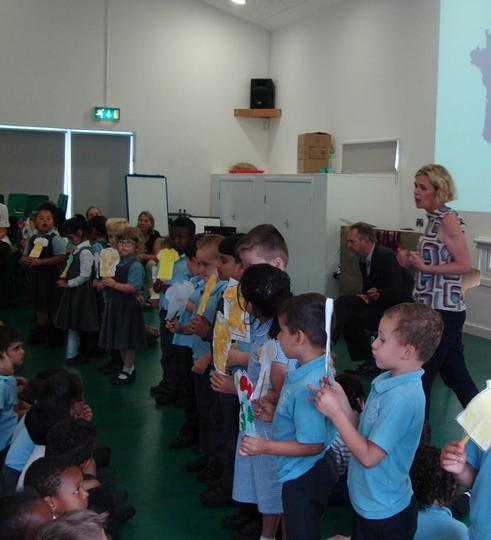 Reception singing Frere Jacques.