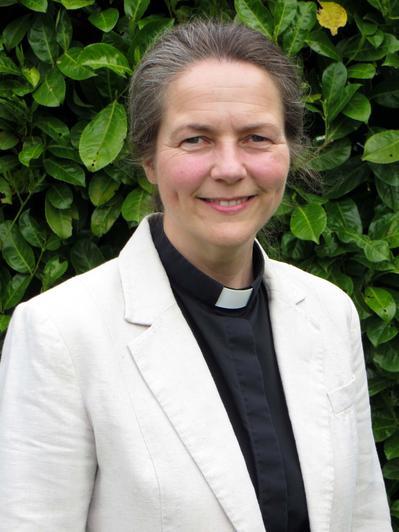 Rev'd Sarah Feaster, Associate Foundation Governor