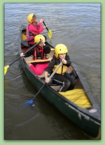 Kayaking at Yeadon Tarn